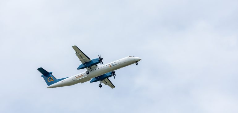 Momentum Completes Flight Test Program for Q400 Carbon Brakes